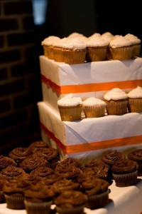 Frugal wedding cupcakes