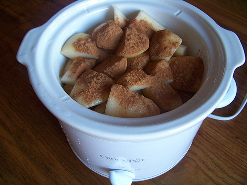 Homemade Crock Pot Pear Sauce (or Applesauce) - Money Saving Mom®