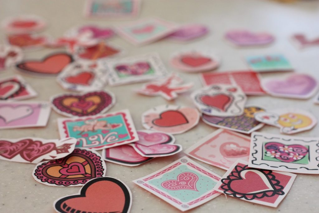 Do it yourself quick and easy valentines projects money saving homemade valentines stickers solutioingenieria Image collections