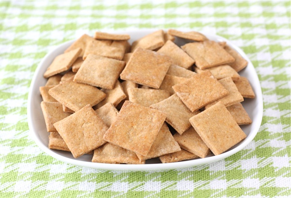 Two Peas and Their Pod show you how to make homemade Wheat Thins . I ...