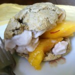 Ginger Biscuits with Peaches Cream