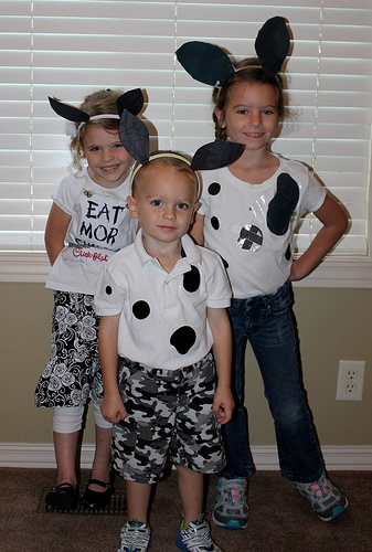 We ...  sc 1 st  Money Saving Mom & 4 Weeks of Frugal Family Fun: Free food at Chick-fil-A (Day 19 ...