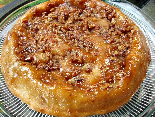 Upside-Down Praline Apple Pie - Money Saving Mom®