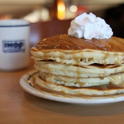 Get $1 short stack of buttermilk pancakes on August 23, 2016.