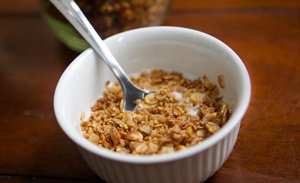 granola spoon
