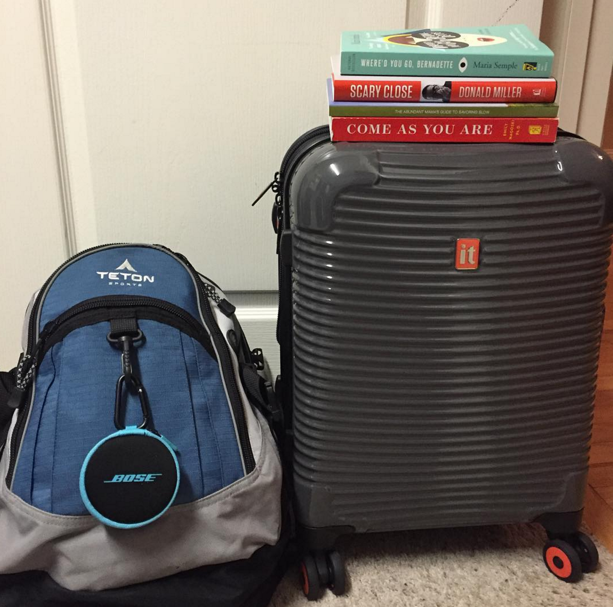 10 Things I Always Bring on Long Flights