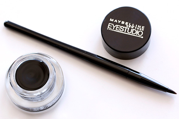 Sign up with Toluna for a chance to try a free Maybelline Drama Eye Liner Gel!