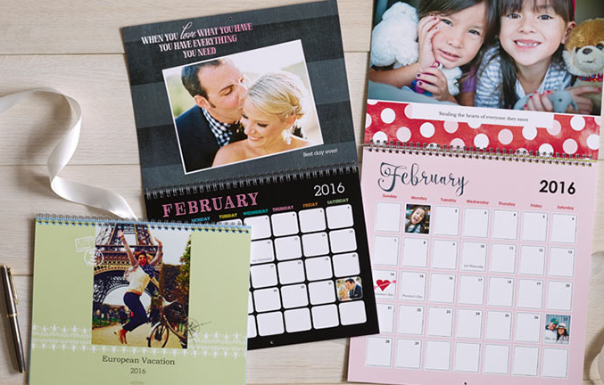 Get a FREE custom 8 x 11 photo wall calendar from Shutterfly right now!!