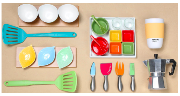 Shop the fun Kitchen Sale at Hollar right now! So many great gift ideas and more!