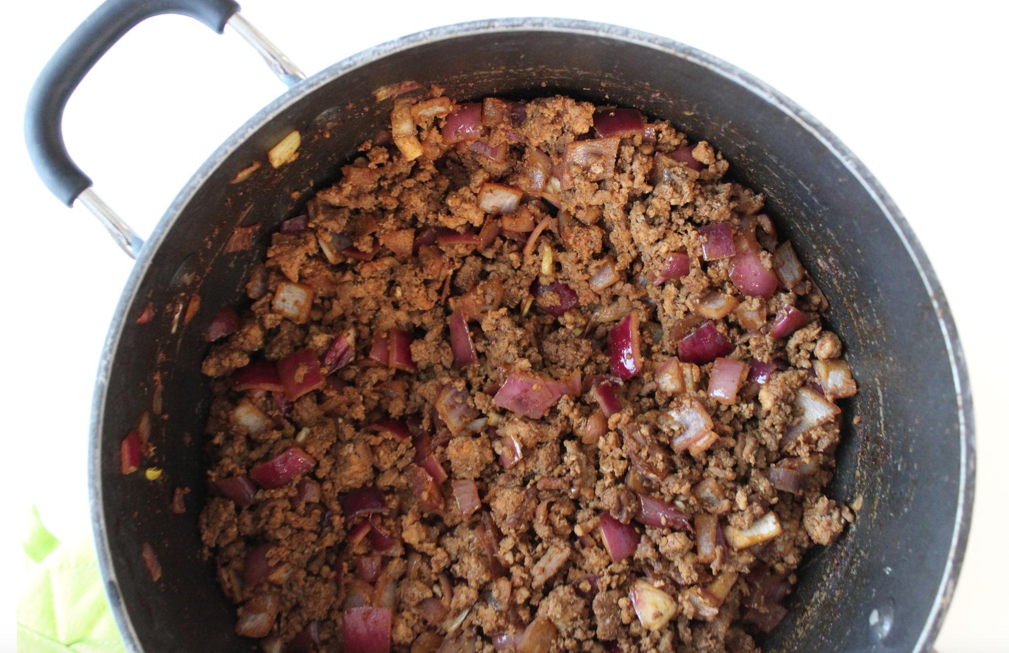 taco meat in pot