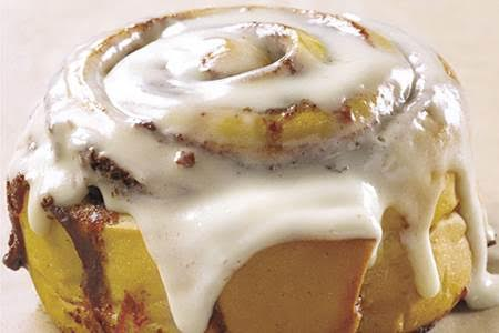 Cinnabon: Free Cinnamon Roll for Nurses May 6-12, 2017