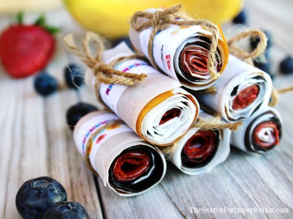 Do It Yourself: Berry Banana Homemade Fruit Roll Ups