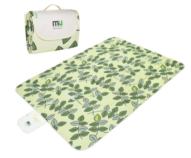 Amazon.com: Large Waterproof & Sandproof Outdoor Travel Blanket for just $16.19!