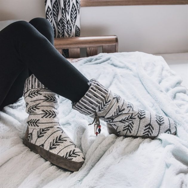 Get MUK LUKS Women's Arrow Slippers for just $19.99!