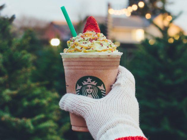 Starbucks: New Christmas Tree Frappuccinos!