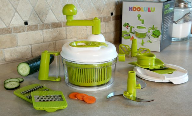 Get a Kitchen Chef Salad Maker for just $14.99 shipped!