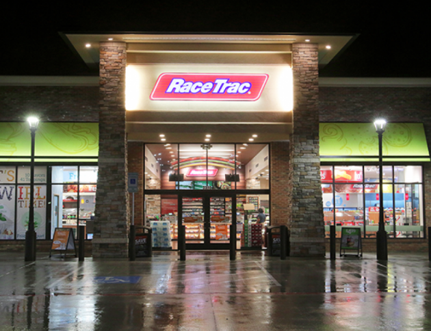 RaceTrac: Free Chicken Sandwich or Cheeseburger!