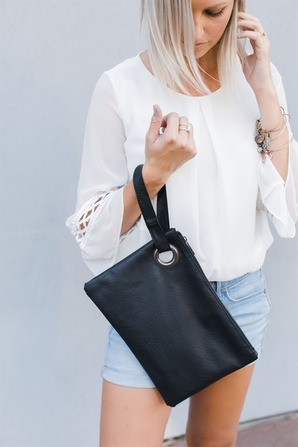 Get a Versatile Clutch for just $11.99 + shipping!