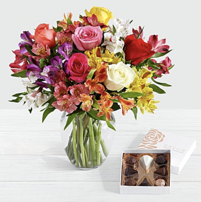 Hot Two Dozen Proflowers Roses Chocolates And Vase Only