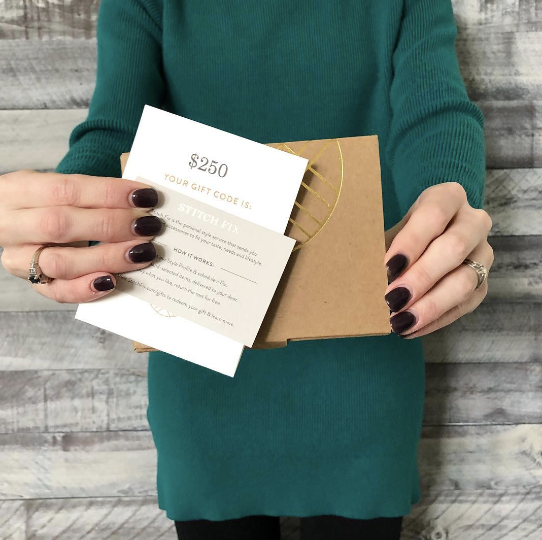 Enter to win a $250 gift card to Stitch Fix! - Money Saving Mom