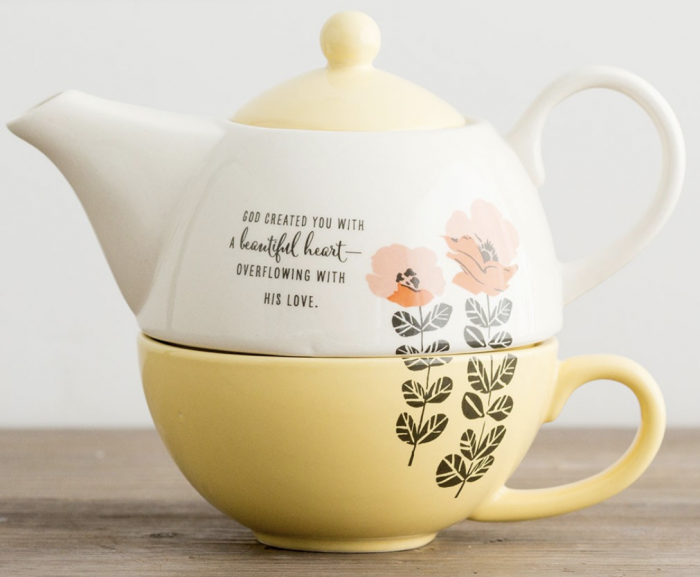 A Beautiful Heart Teapot Cup