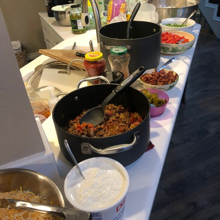 easy meals for large groups: build your own taco bar