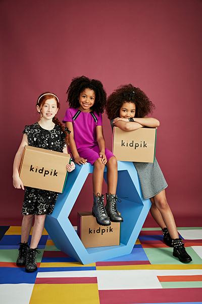 kids with Kidpik boxes
