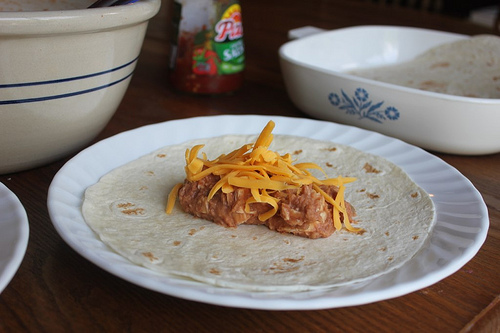 pantry recipe: bean burritos