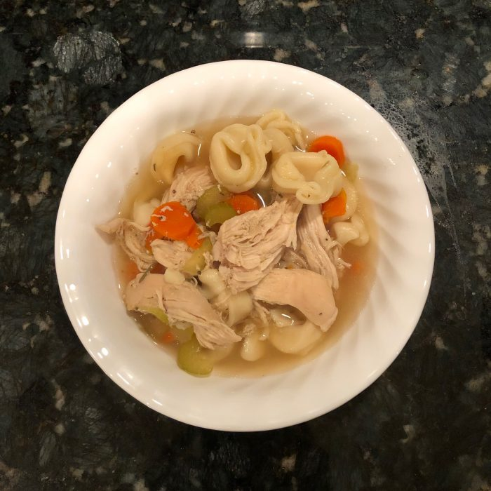 serving of slow cooker tortellini soup
