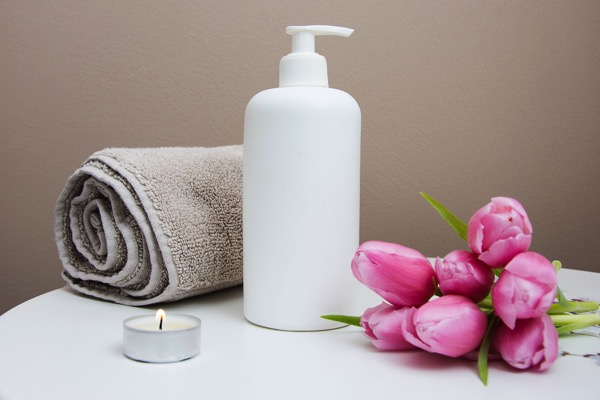 spa treatment gifts for expecting mothers