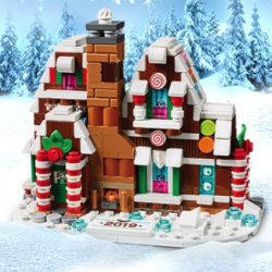 LEGO Mini Gingerbread House Set