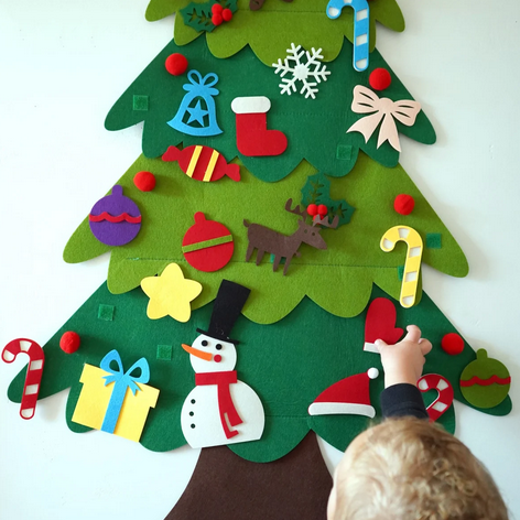 Felt Decorating Christmas Tree
