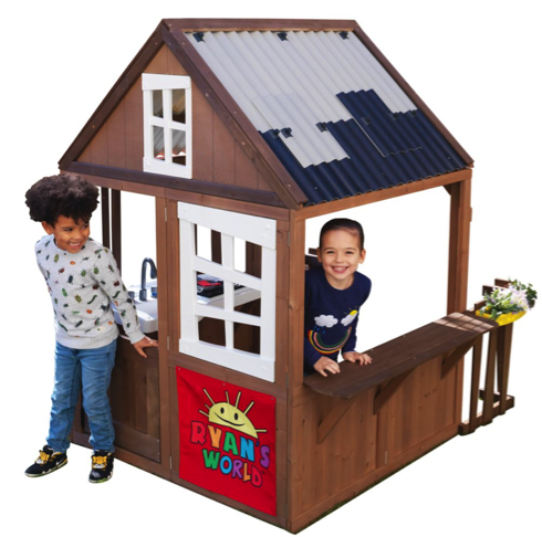 KidKraft Ryan's Outdoor Playhouse