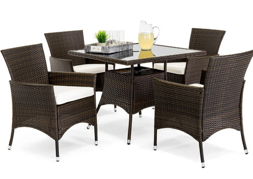 This is such a great deal on an outdoor patio dining set!