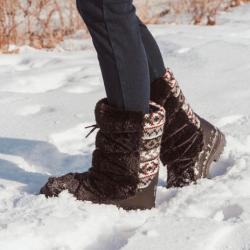 MUK LUKS Massak Snow Boots