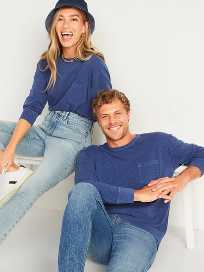 Old Navy: 50% Off Agelong Sleeved Tees For The Family!